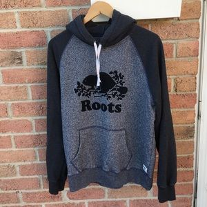 Roots Men's Large Blue & Grey Hoodie With Black Beaver On The Chest